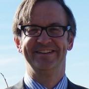 Dr Pasternak Headshot